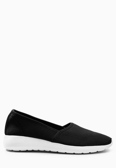 Pantofi slip-on negri de la NEXT