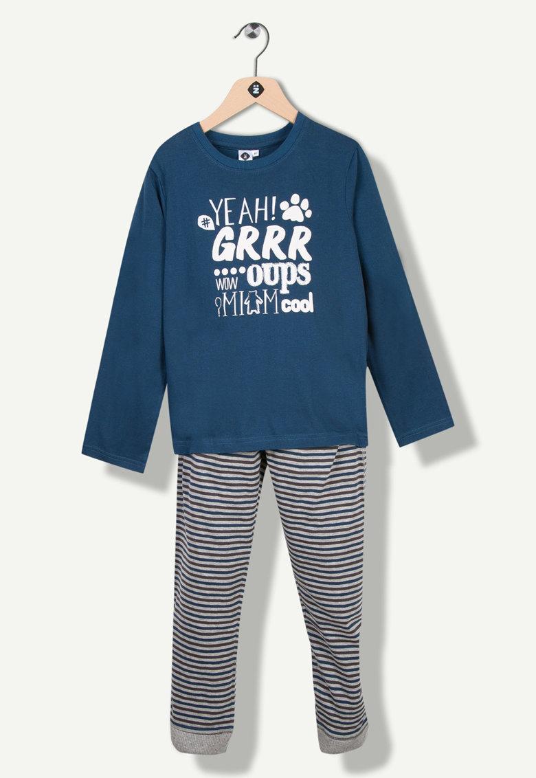 Pijama cu dungi si imprimeu grafic de la Z Kids