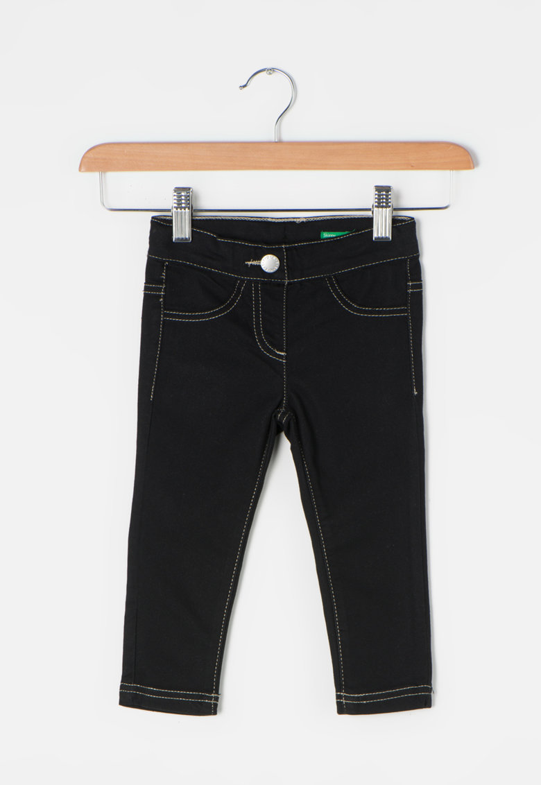 Jeggings skinny negri de la United Colors Of Benetton