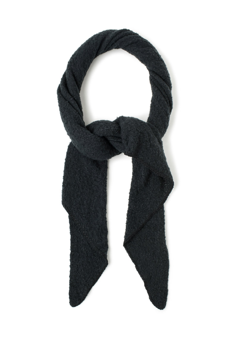 Sal negru tricotat