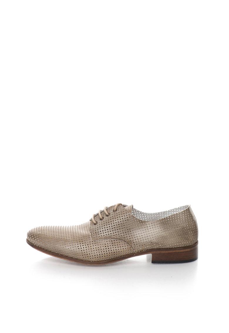 Pantofi derby maro taupe de piele cu model perforat