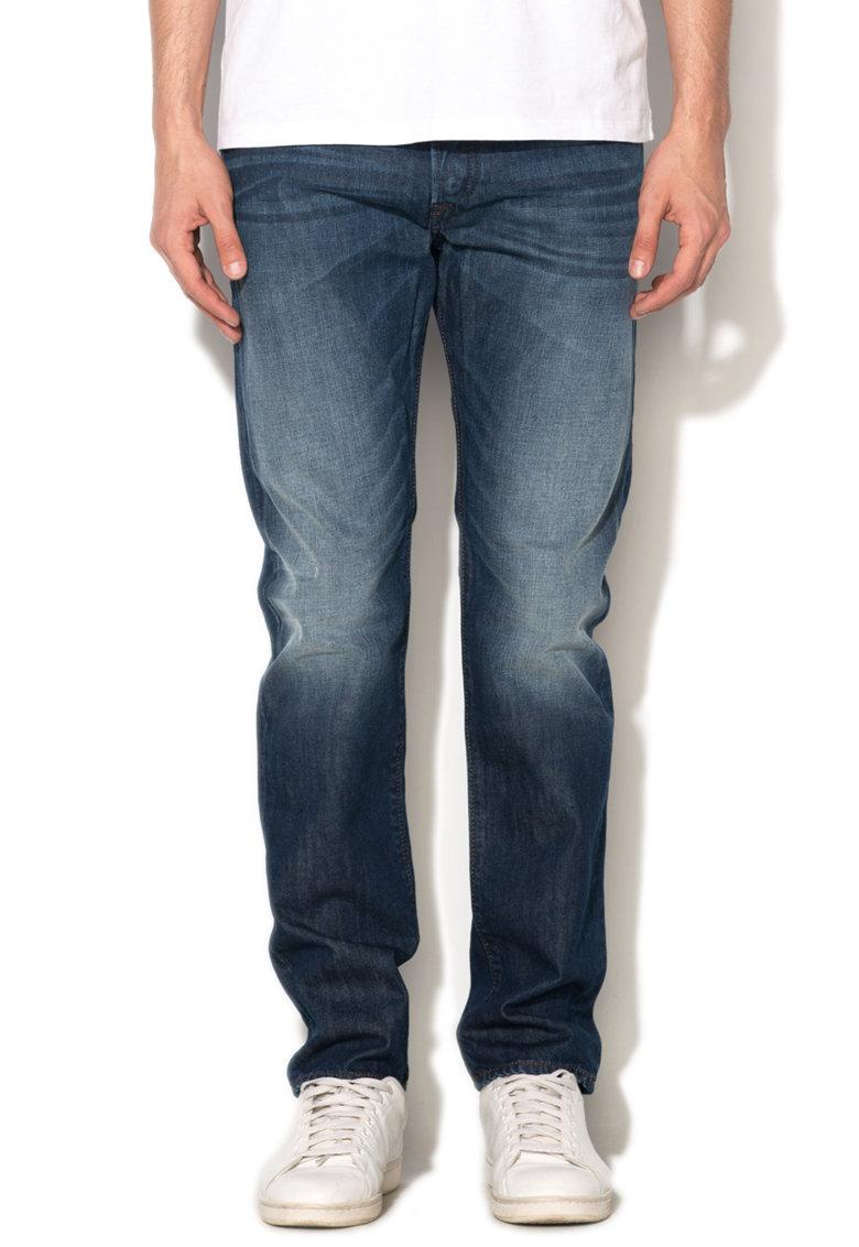 Jeansi albastri cu aspect decolorat Buster