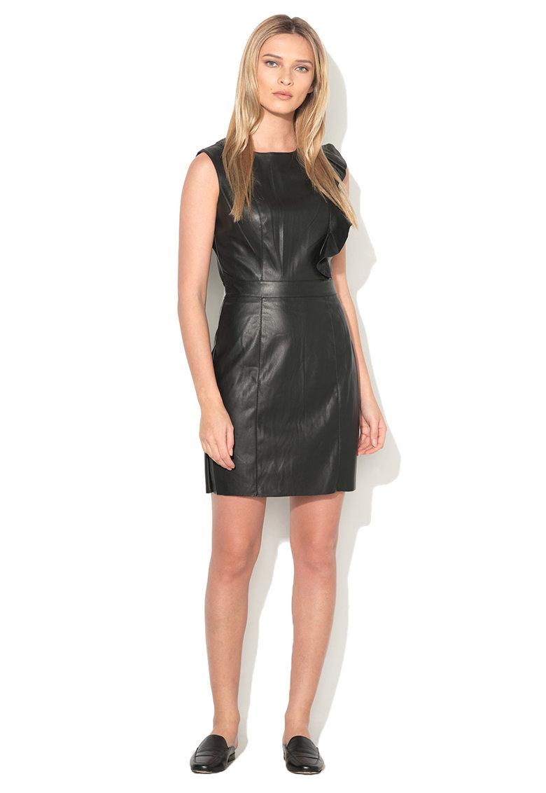 Vero Moda Rochie de piele sintetica neagra cu garnituri cu volane Nora