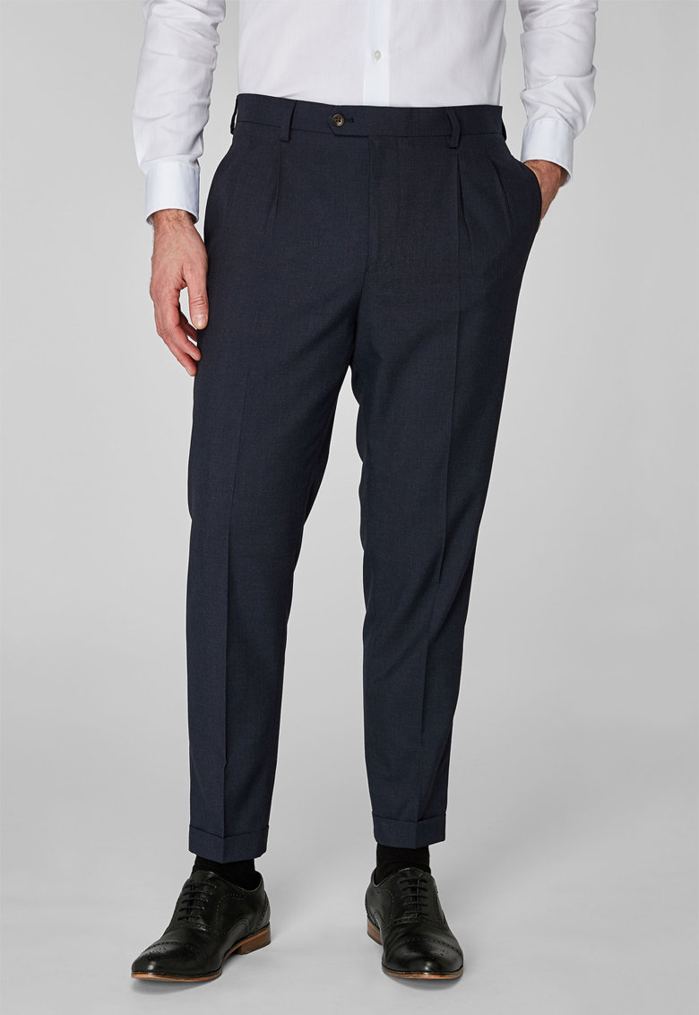 Formal Pants With Discreet Front Pleats de la NEXT