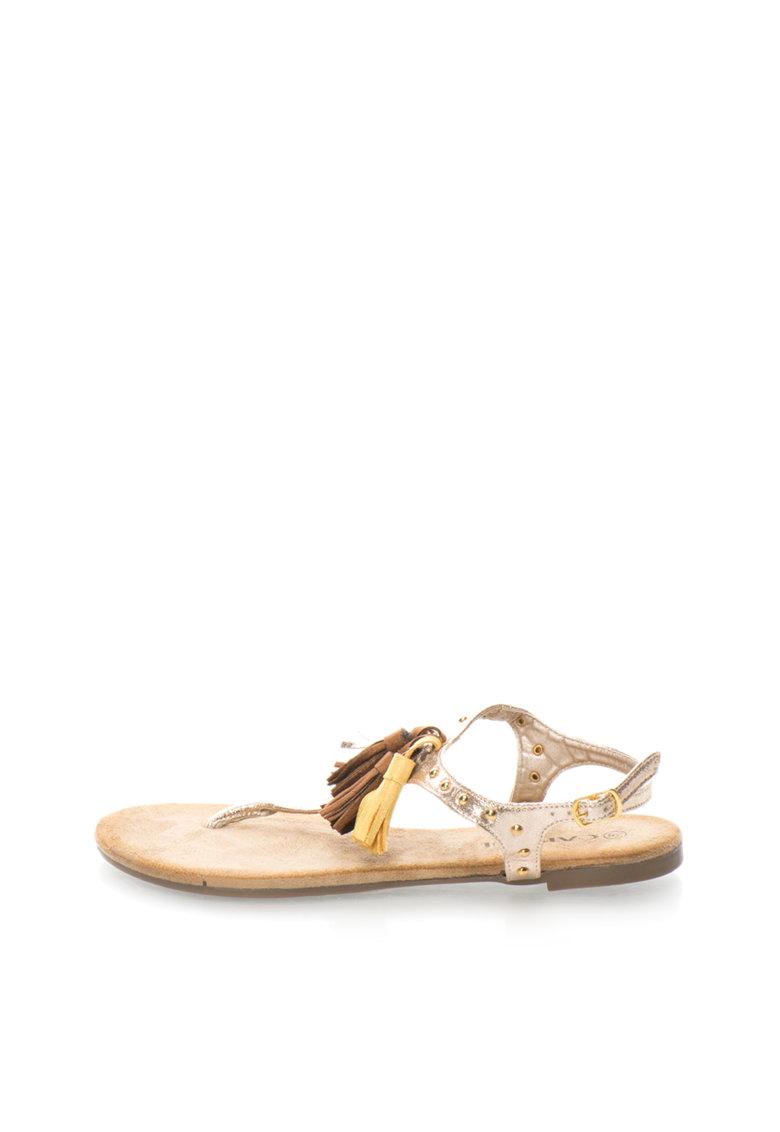 Sandale aurii cu canafi si bareta separatoare Camilla de la Oakoui