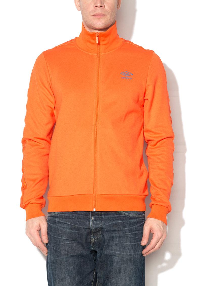Bluza sport oranj cu fermoar si logo de la Umbro