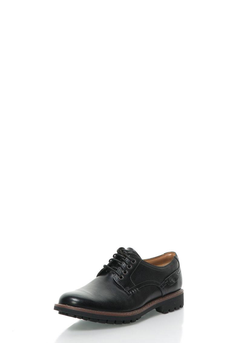 Clarks Pantofi negri din piele Montacute