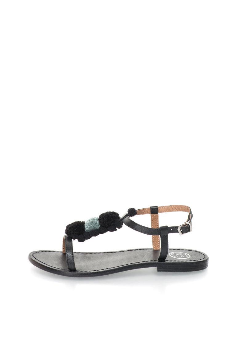 WHITE SUN Sandale negre de piele cu ciucuri