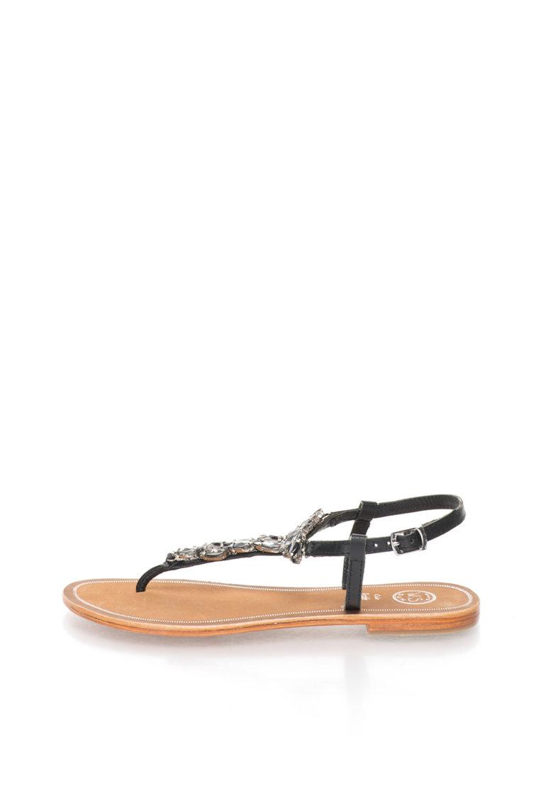 Sandale negre de piele cu bareta T si strasuri