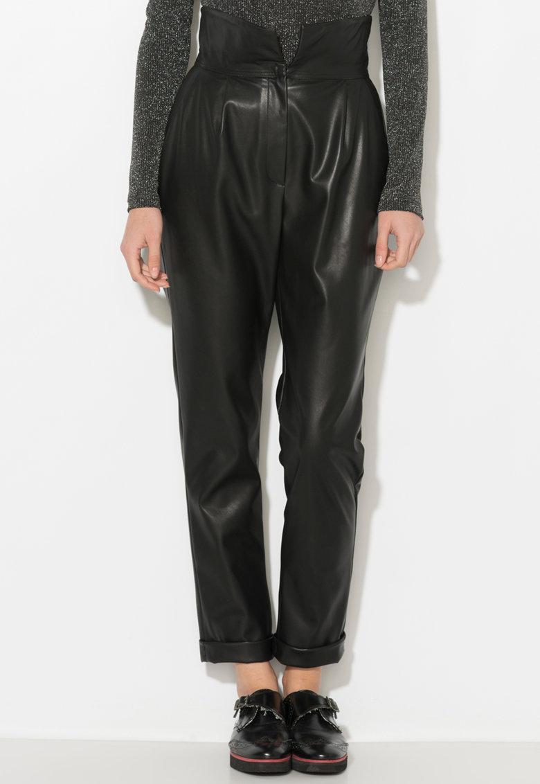 Pantaloni conici de piele sintetica cu terminatie rasucita