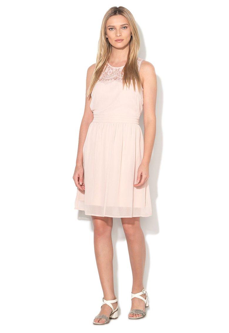Modele rochii primavara- vara online