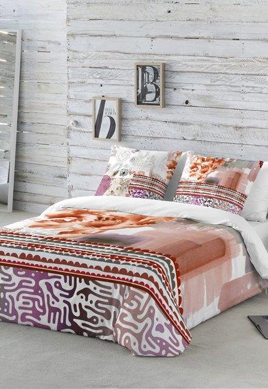 Set de pat alb cu imprimeuri multicolore diverse de la Naturals