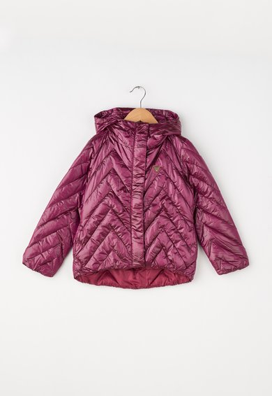Jacheta usoara roz zmeuriu cu umplutura de puf de la GUESS JEANS